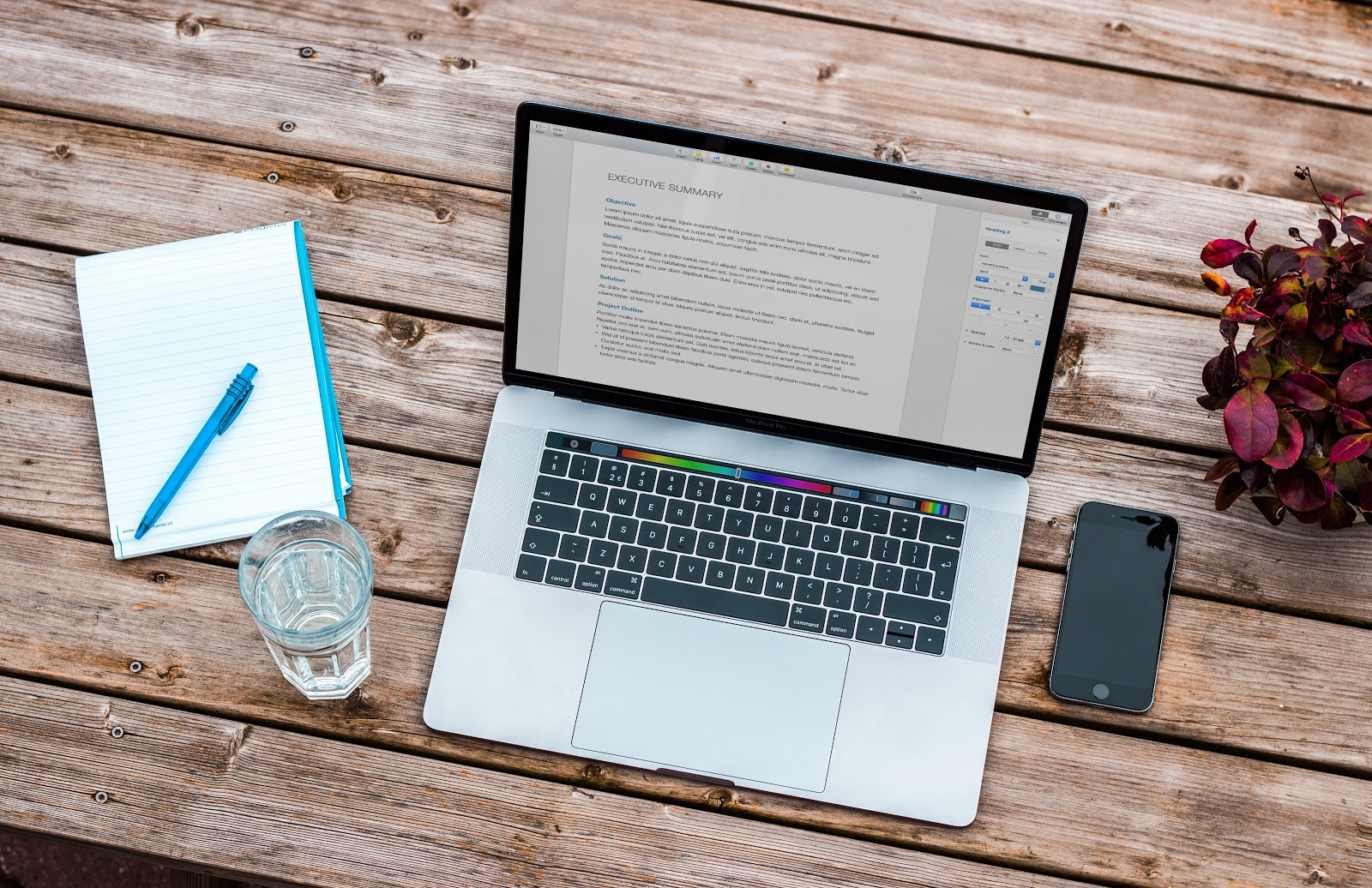 How to Manage Remote Workers to Promote Efficiency & Productivity